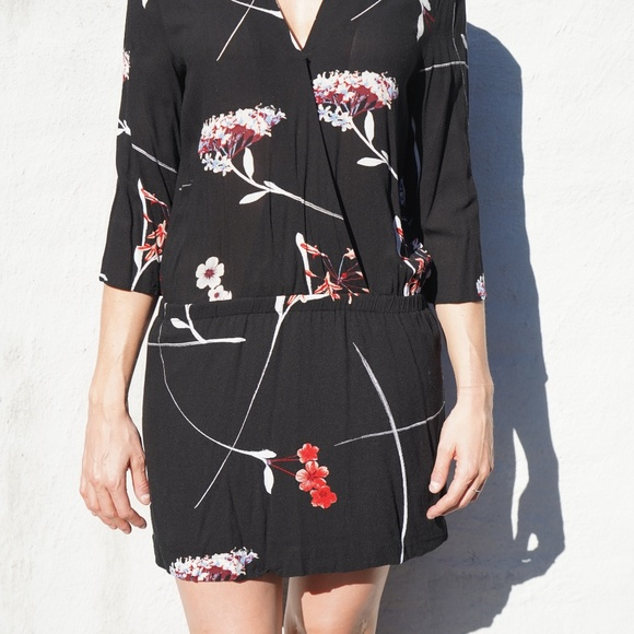 H&M Dresses & Skirts - H&M Black Kimono mini dress